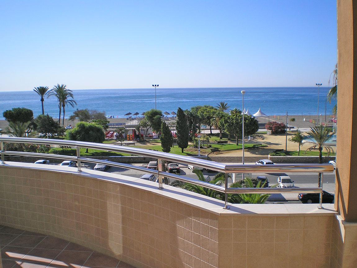 Hotel miraya torre del mar for Cerrajero torre del mar