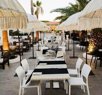 Completa Tu estancia en Nuestro Hotel con esta Oferta del Complejo Cafe del Mar